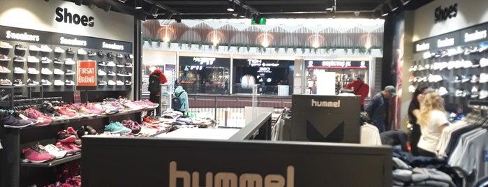 Hummel is one of Tempat yang Disukai Mehmet Ali.