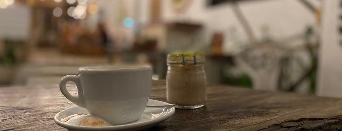 fresh fresh cafe is one of Delicias nutritivas de Rep Dom.