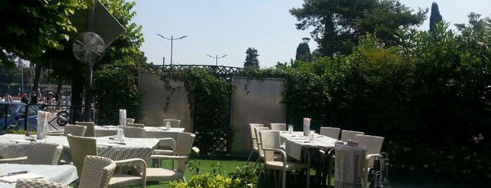 bella vista is one of Food/Restaurant ecc.