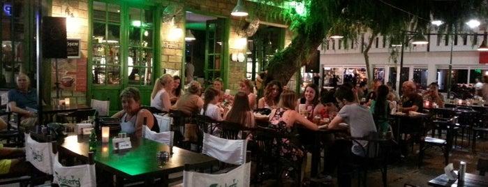 Köşem Pub & Cafe is one of Tempat yang Disukai Ugur.