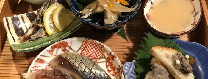 酒と魚 青のこと is one of Orte, die モリチャン gefallen.