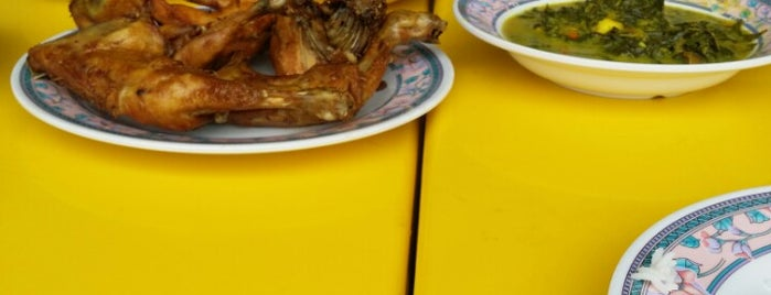 Restoran Haji Hassan Ayam Kampung is one of g.