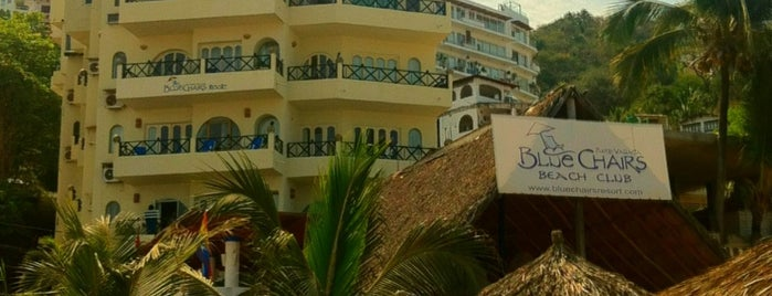 Blue Chairs Beach Resort Hotel is one of HOTELES  LGBT PVR.