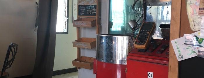 Phuket Coffee Lab is one of Olga'nın Beğendiği Mekanlar.