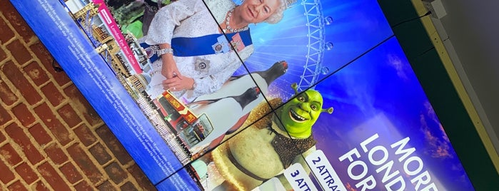 Shrek's Adventure is one of Crazy London.