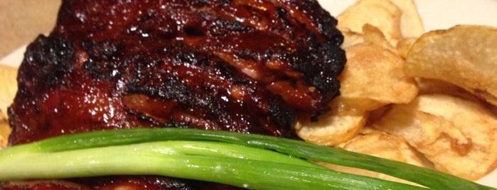 Bone Yard BBQ & Grille is one of Posti che sono piaciuti a Andrew.
