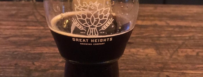 Great Heights Brewing Company is one of Lugares favoritos de Chuck.