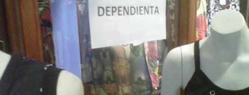 Tienda Mos is one of Ofertas de Trabajo Comercios Barcelona.