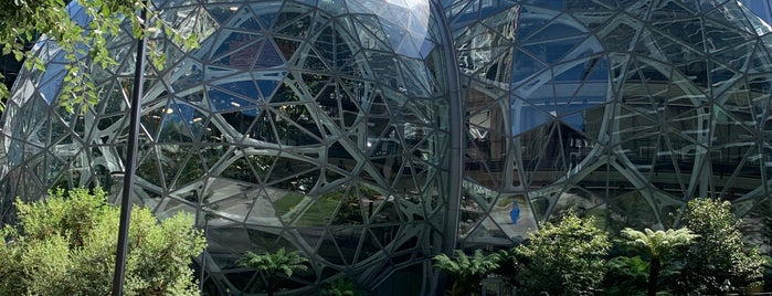Amazon - The Spheres is one of Vallyri 님이 저장한 장소.