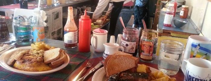 Carman's Country Kitchen is one of สถานที่ที่บันทึกไว้ของ Lani.
