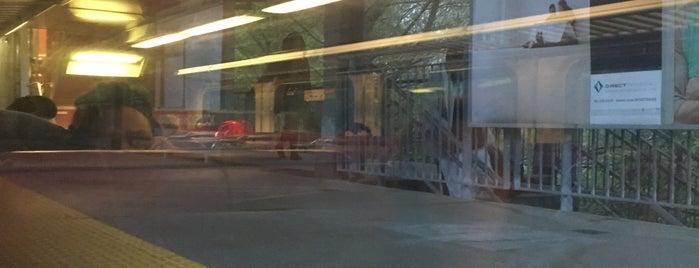 MBTA Holbrook/Randolph Station is one of Jose : понравившиеся места.