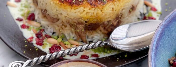 Villa Mama's is one of AbuDhabi.Food.2.