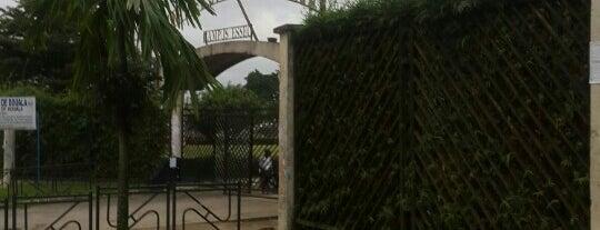 Universite De Douala Essec is one of Lugares guardados de Youssouf.