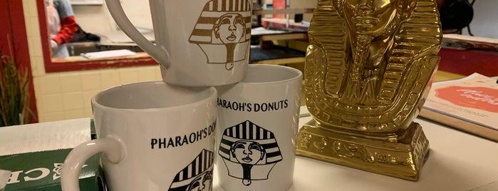 Pharaoh's Donuts is one of Lieux qui ont plu à Kaz.