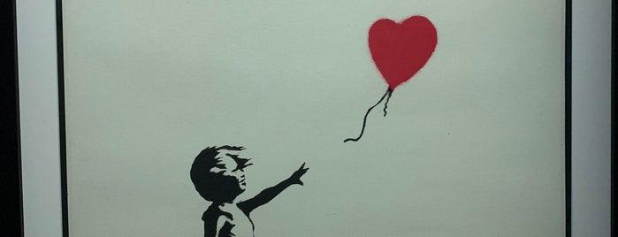 The Art Of Banksy is one of Stacy'ın Beğendiği Mekanlar.