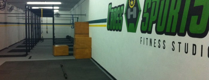 Cross Sports fitness studio is one of gimnasios.