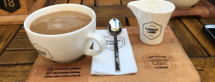 Chocolabs Chocolate & Coffee is one of Damla'nın Beğendiği Mekanlar.