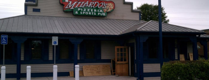 Milardo's Pizzeria and Sports Pub is one of Tempat yang Disimpan Lizzie.