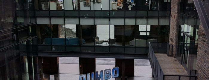 The Dumbo Reflector is one of NY'ın En İyileri 🗽.