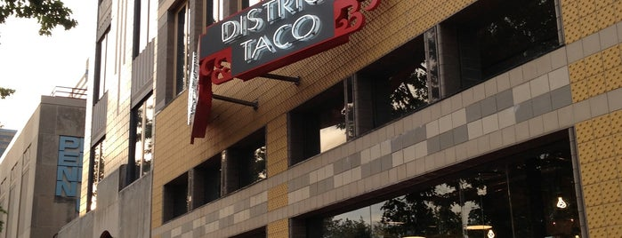 District Taco is one of Locais curtidos por Nick.