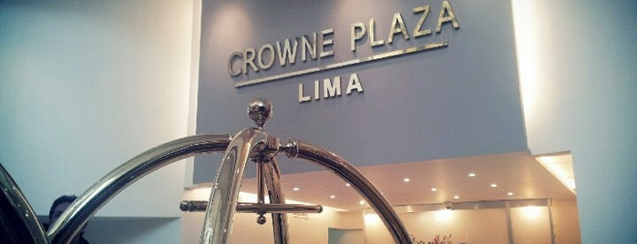 Hotel Crowne Plaza is one of Tempat yang Disukai Alicia.