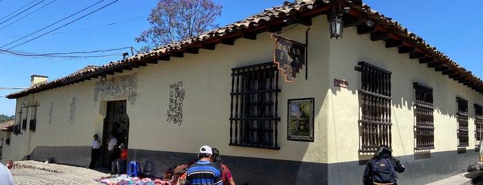 Chichicastenango is one of สถานที่ที่ Penelope ถูกใจ.
