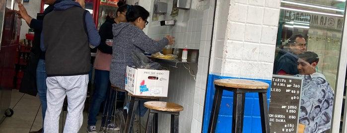 Taco De Oro XEW is one of สถานที่ที่ Penelope ถูกใจ.