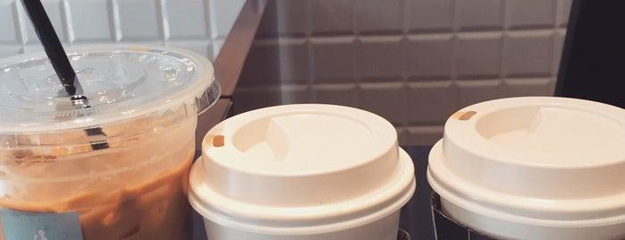 Unar Coffee Company is one of Light food.