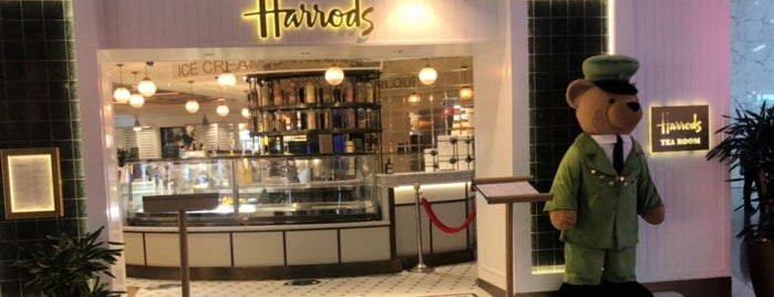 Harrods is one of สถานที่ที่ Miguel ถูกใจ.