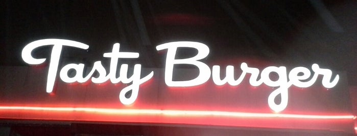 Tasty Burger is one of Boston City Guide.