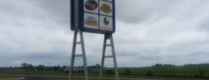Route Café is one of สถานที่ที่ Sergio M. 🇲🇽🇧🇷🇱🇷 ถูกใจ.