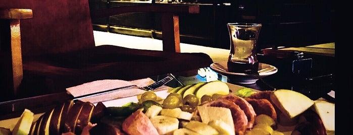 Pasha Çay & Kahve Evi is one of Yasin : понравившиеся места.