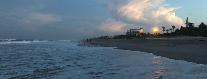 Melbourne Beach is one of Orte, die Bayana gefallen.