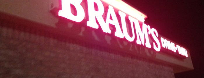 Braum's is one of Locais curtidos por David.
