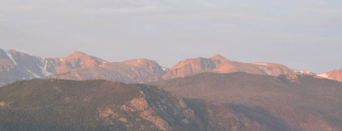 Rocky Mountain National Park is one of Orte, die Morgan gefallen.