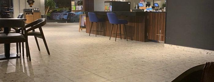 Dose Cafe is one of Drivethru - riyadh.
