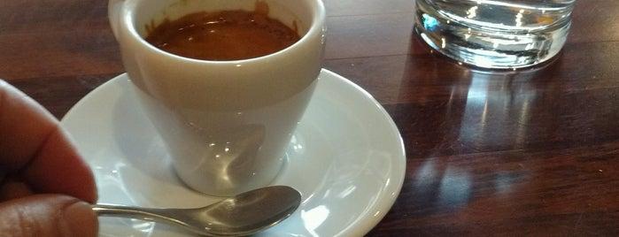 Quiero Café is one of Posti che sono piaciuti a Julye.