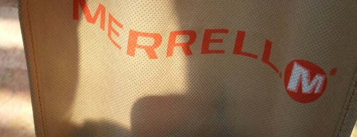 Merrell is one of Ricardo'nun Beğendiği Mekanlar.