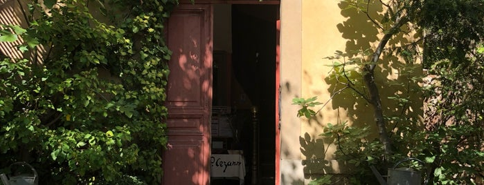 Atelier Cezanne is one of Dhaya'nın Beğendiği Mekanlar.