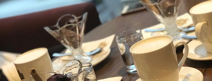 Beta Tea House is one of Lugares favoritos de Neşe.
