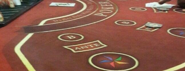 City Royal Hotel & Casino is one of สถานที่ที่บันทึกไว้ของ Emrah.