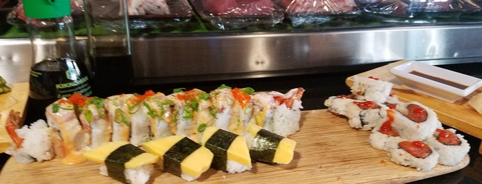 Reef Sushi & Sake is one of สถานที่ที่ Bonus ถูกใจ.