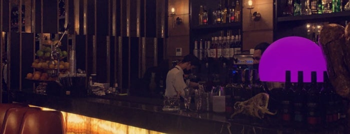 Florya Steak Lounge is one of Queen'in Kaydettiği Mekanlar.