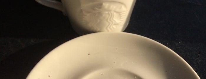 Starbucks is one of Locais curtidos por Dsignoria.