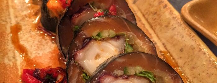 Sushi Zushi is one of Orte, die Masha gefallen.