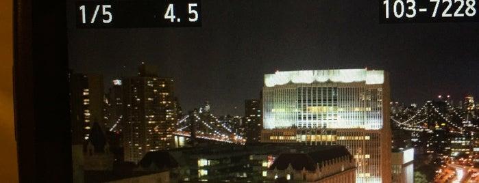 New York Marriott at the Brooklyn Bridge is one of Orte, die Masha gefallen.