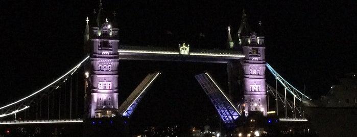 Tower Bridge is one of Merve'nin Beğendiği Mekanlar.