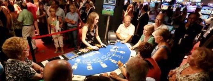 R. L. Casino de Alicante is one of Tempat yang Disukai Paola.