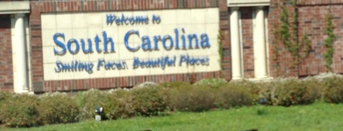 South Carolina Welcome Center is one of Lugares guardados de Desiree.