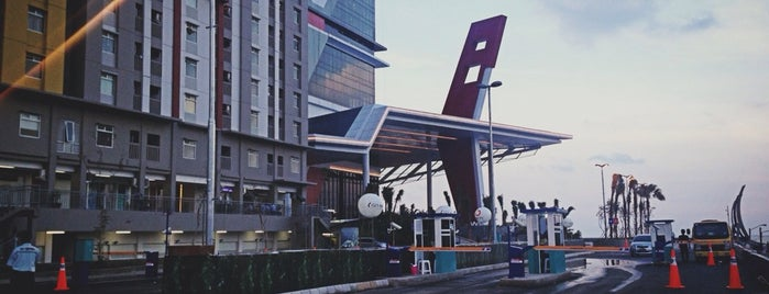 Baywalk Mall is one of List of shopping malls in Jakarta.